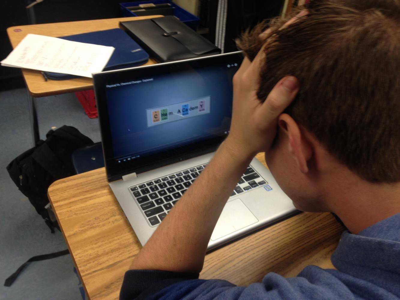 Casey Swafford frets over online chemistry