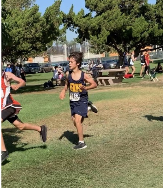 Alexander Manzano: A New Talent on the Cross Country Team